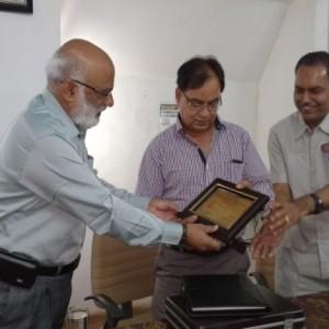 Dr.M.S.Ali Principal, PRMCEAM, welcoming Shri.RameshGera,Nodal Officer, NISE